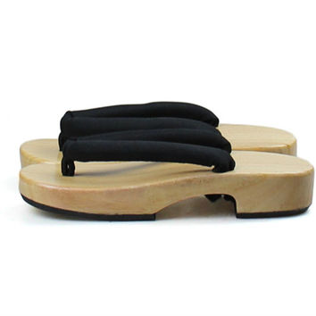 Women's  Natural Color Wooden Sandals Cosplay Shoes Low Heel Round Front Summer Slippers Beach Flip Flops Japan Geta