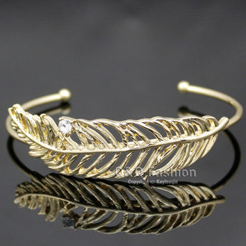 Vintage Gold Western Cowgirl Filigree Leaf Feather Crystal Navajo Zuni Style Bracelet Bangle Cuff Jewelry Women Girl Gift