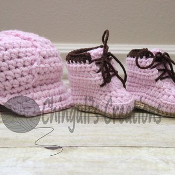 Hard Hat Helmet Crochet Hard Hat Helmet Newborn Helmet Baby Hard Hat and Boots Set Construction Outfit Baby Girl Construction Outfit