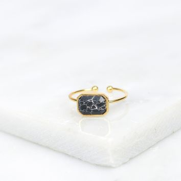 Geometric Stone Ring Black