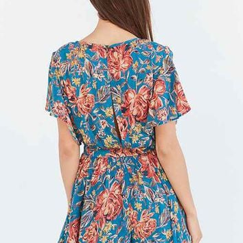 Day Dresses for Women - Urban Outfitters