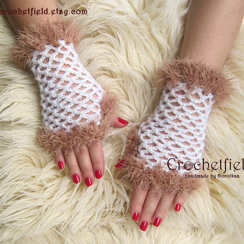 White & Beige Crochet Mittens, Fingerless Gloves, Lace Hand warmers, Wrist Cuffs ,Gift for her, Women's Fashion Accessory