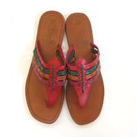 Vintage leather flip flop sandals. slip on sandals. womens thongs shoes size 9