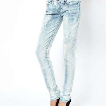 Levi's Bleached Super Skinny Jeans