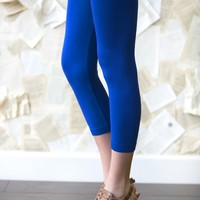 White Plum's Solid Colored Capri Leggings! 7 Colors Available!