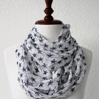 Black and White Stars Infinity Scarf Loop Scarf Circle Scarf Cowl Scarf Soft and Lightweight