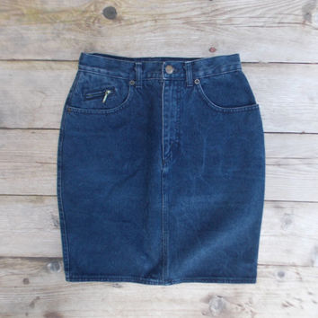 90s Highwaisted Darkwash Denim Skirt Size 27