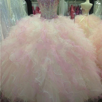 Vestidos De Sweet 16 Anos Elegant Ball Gown Long Quinceanera Dresses 2017 Sweetheart Ruffles Pageant Dress Formal Party Gowns