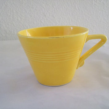 13-0745 Vintage Pre 1960s Fiestaware Yellow Harlequin Coffee Cup / Fiesta Ware / Harlequin / Homer Laughlin Company / HLC