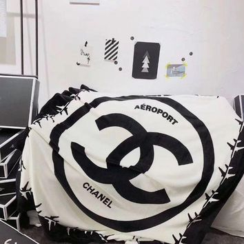 DCCKHI2 LV Chanel Conditioning Throw Blanket Quilt For Bedroom Living Rooms Sofa