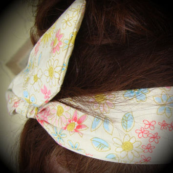 Dolly Bow, Retro, Lite Yellow with Flowers 50's style Wire Headband