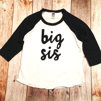 Black and white sports Raglan bro big sis sibling shirts for birth announcement hospital outfit with newborn