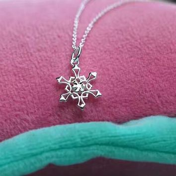 Tiffany & Co. Snow Necklace