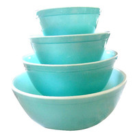 Set of 4 Authentic Vintage Pyrex Turquoise Nesting Bowls