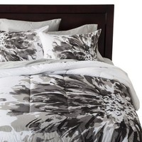 Room Essentials® Exploded Floral Comforter - Black/White