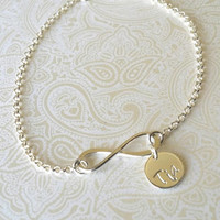 Infinity Bracelet with Tia Charm -Gift for Tia, Gift for Sister Sister, Gift for Aunt, GIft for Aunt, Aunt to Be