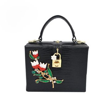 Hot Small Flowers Trunk Women Shoulder Bags Handbags Women Famous Brands Fashion Lock PU Leather Bags Women Evening Clutch Bags
