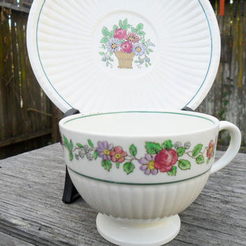 4 Vintage Wedgwood Belmar Teacups and Saucers /Floral Footed Tea Cups