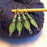 Knit or Crochet Frosted Leaves Stitch Marker - Choice of Ring Size or Crochet Clasps