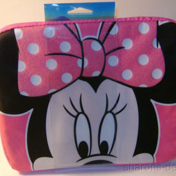 Disney Minnie Mouse Padded Media Case iPad Cover Sleeve Zipper Padded Pink
