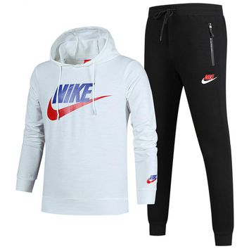 NIKE autumn and winter new long-sleeved hooded sports suit plus velvet sports two-piece White
