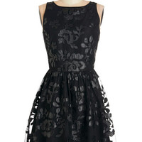 BB Dakota LBD Mid-length Sleeveless A-line Date Under the Stars Dress in Black