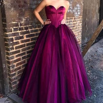 A Line Strapless Sweetheart Burgundy Prom Prom Dress
