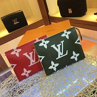 LV Louis Vuitton WOMEN'S MONOGRAM CANVAS TOILET POUCH XL
