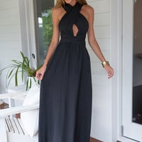 Black Flare Backless Maxi Dress