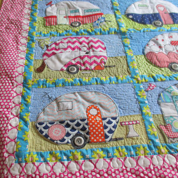 Summertime Wall Hanging , Retro Camper Wall Hanging , Quilted Wall Decor , Retro Decor , Appliqued Wall Hanging , Art Quilt