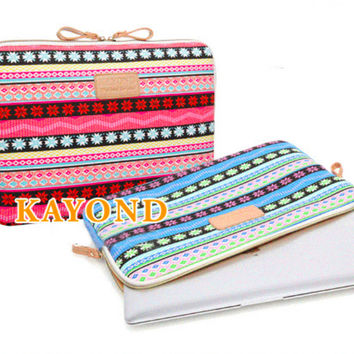 """Kayond Blue and Pink Snowflake Print Canvas Notebook Laptop Sleeve Bag 8"""" 10"""" 11"""" 12"""" 13"""" 14"""" 15"""""""