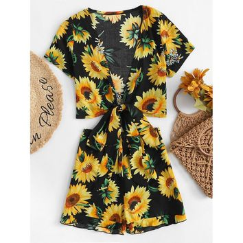 Sunflower Print Knot Front Top With Shorts