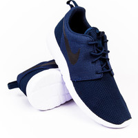 Nike Roshe One Midnight Navy/Black-White Sneaker