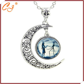 The latest fashion of yellow and blue moon Halloween Town Necklace high quality Jack Skellington pendant