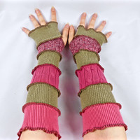 Armwarmers, Upcycled Clothing, Katwise Style, Boho Chic, Patchwork Fingerless Gloves, Women's Hippie Accesories, Recycled Sweaters, Pink