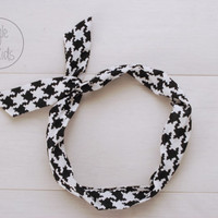 Houndstooth Twisted Wired Headband Black and White Headband Toddler Headband Adult Rockabilly Headband Head Wrap for Women