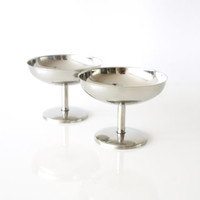 VINTAGE SERVING BOWLS or Cups, Set of 2, Stainless Steel 18-8, Footed Apéro Dishes, Dessert Bowls, Coupes, Nuts Snacks, Hollywood Regency