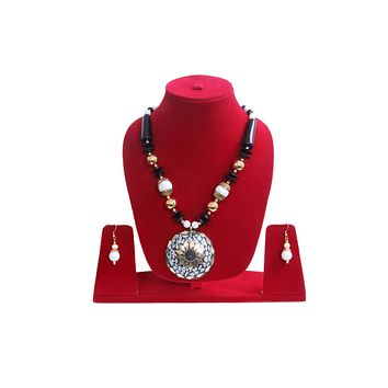 Men Style Beach Vintage Big Stone Gold Zinc Alloy Necklace With White Earrings