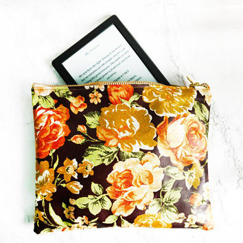 Floral Zipper Pouch, Floral Waterproof make up bag, Bridesmaid Clutch Bag, Floral Large Purse,Brown Floral Clutch bag,Floral Kindle Sleeve