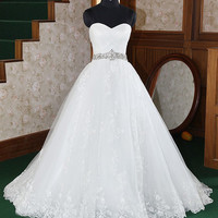 A-line Strapless Scalloped-Edged Neckline Organza weep/Brush Train Wedding Dress
