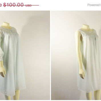SALE Vintage Nightgown & Peignoir 50s 60s Mad Men Vassarette Double Layer Chiffon Nightie and Robe Size Large