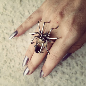 Black Widow, Wife to Darkness, smoky topaz and silver hand carved spider ring, coffin gemstone gothic ring, dark jewelry