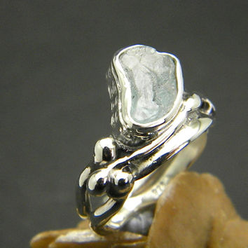 Aquamarine ring sterling silver - rough raw aquamarine crystal, abstract leaf band ring, cocktail ring, size 7.5