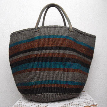 Boho Chic Handbag, Hippie Beach Bag, Woven Basket, Jute Purse in Grey Brown Blue, 70s Sisal Tote, Market Shopper, Rustic Storage Organizer