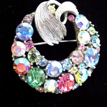 Signed Lisner Rhinestone Circle Brooch Pin Vintage