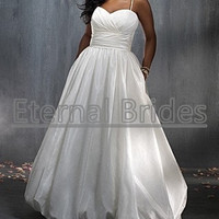 Simple Taffeta Plus Size Wedding Dress Ruched Sweetheart Neckline Empire Waist with pleated Band Ball Gown with Spaghetti strap