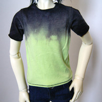 60cm / SD13 BJD Boy Black/Green Dip Dye T-shirt