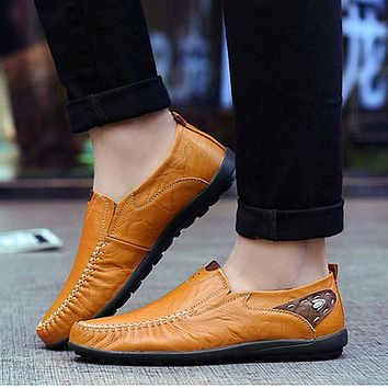 Mens Casual Leather Loafers with Rubber Anti Slippery Surface