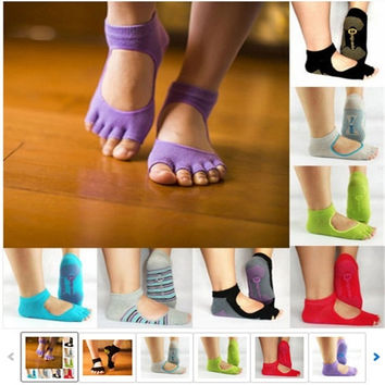 Men and Women Professional Yoga Socks Five Fingers Antiskid Backless Five Toe Socks Yoga Sports Socks Fitness = 1932563076