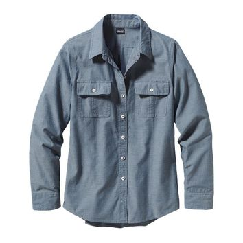 Patagonia Women's Long-Sleeved Featherstone Shirt | Chambray: Glass Blue